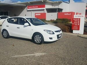 2011 Hyundai i30 FD MY11 SX 1.6 CRDi White 5 Speed Manual Hatchback Warwick Southern Downs Preview