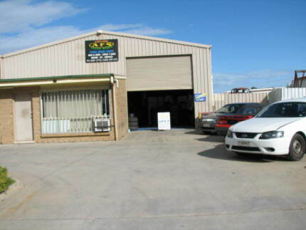 ADELAIDE FALCON SPARES ford spare parts new and used Adelaide Region Preview