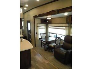2017 Compass 377MB Luxury 2 bedroom 5th wheel - 4 slideouts Stratford Kitchener Area image 10