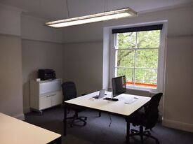 Desks to rent in modern refurb office on Whiteladies Rd nr Triangle, great location