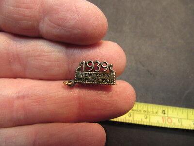 1939 New York Worlds  Pin