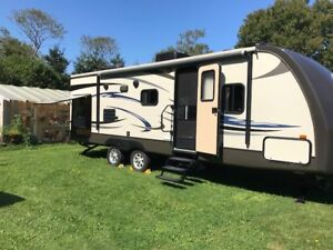 2012 - 25' Sunset Trail Reserve Edition