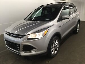 2013 Ford Escape SE SE, AWD Low KMS, One owner, accident free! L