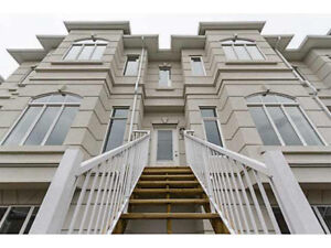 Large Windermere Townhouse with all the Upgrades