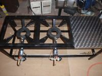 BOTTLE GAS 2 RING BURNER WITH SIDE TABLE ON STAND