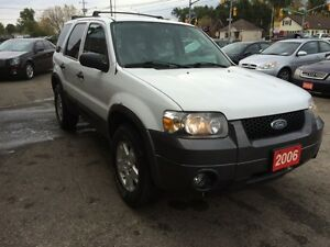 2006 Ford Escape XLT |WE'LL BUY YOUR VEHICLE!! Kitchener / Waterloo Kitchener Area image 2