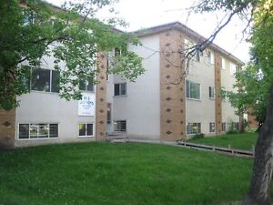 2 Bedroom Apt Available Now!- Close to NAIT & Grant MacEwan