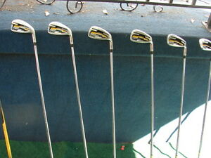 Men's Right Hand Golf sets Wilson pro staff Sarnia Sarnia Area image 2