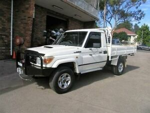 2009 Toyota Landcruiser VDJ79R MY09 GXL (4x4) White 5 Speed Manual Cab Chassis Kingsgrove Canterbury Area Preview