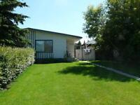 Bed 1 Bath on 6007 59 Street Main Level, Allows Pets    $1350