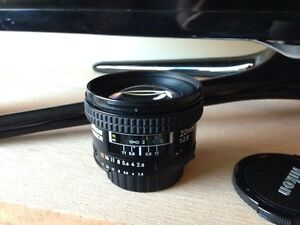 Nikon 20mm 2.8 AF, Mint condition, hood!