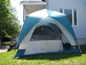 Tente Eureka 10x10 - Comme neuve