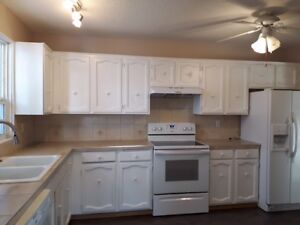 2 bedroom unit Forest lawn