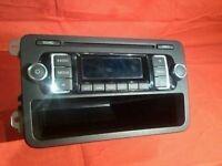VW Caravelle Transporter T5 Stereo Radio MP3 CD Player