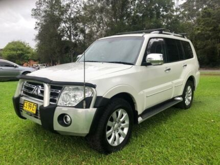 2010 Mitsubishi Pajero NT MY10 Exceed LWB (4x4) White 5 Speed Auto Sports Mode Wagon Tuggerah Wyong Area Preview