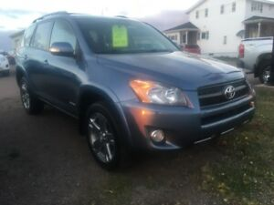 2010 Toyota RAV4 sport  very sharp