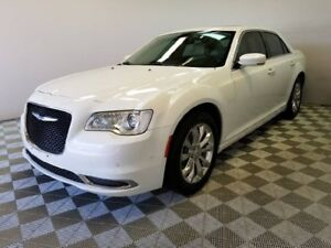 2015 Chrysler 300 Touring AWD - Very well equipped with leather