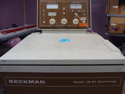 Beckman Model J2-21 Centrifuge
