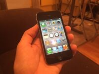 iPhone 4S 16 GB noir comme neuf! (BELL)