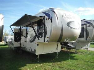 2017 Compass 298RL Luxury 5th Wheel- 3 slides, outside kitchen