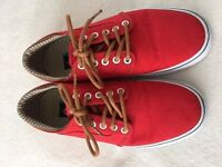 Vans canvas lo-top trainers - very light use. UK size 6.5