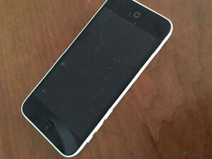 iPhone 5c 16GB Fido Great Condition