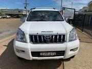 2003 Toyota Landcruiser Prado GRJ120R GXL (4x4) White 4 Speed Automatic Wagon Port Macquarie Port Macquarie City Preview