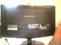 22 inch samsung colour tv and amplified aerial for sale this will go quick