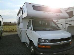 2008 FOUR WINDS CHATEAU 28 W C CLASS WITH 63000 KMS! $33995!