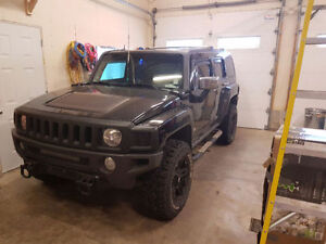 2007 HUMMER H3 Lots of extras, Beefy Looking SUV!