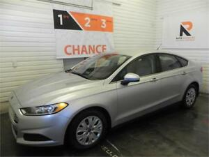 2014 Ford Fusion S, Bluetooth, Air climatisé