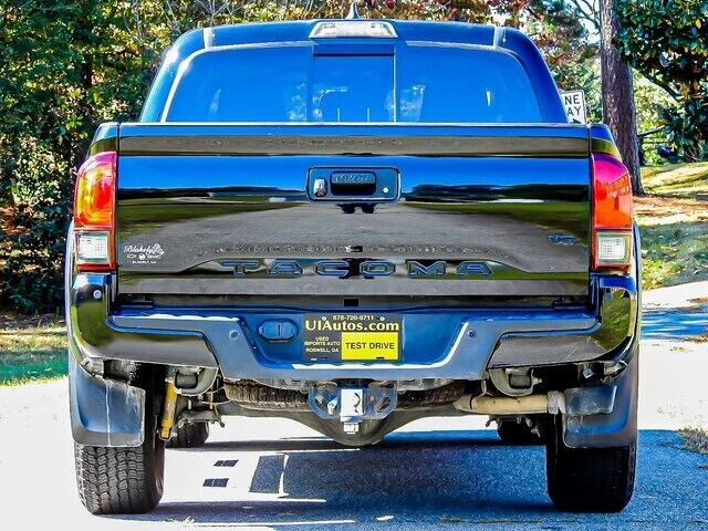 Image 11 Voiture American used Toyota Tacoma 2018