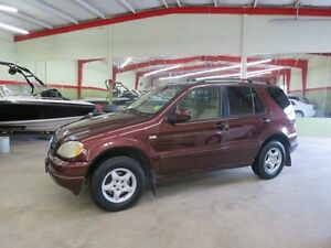 2001 Mercedes-Benz M-Class Classic ML320 4dr All-wheel Drive