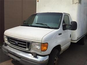 2004 Ford E450 2 TON CUBE  Van DIESEL ! NEW RUBBER ALL AROUND!