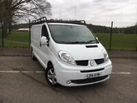 RENAULT TRAFIC VAN SPORT LONG WHEEL BASE - 2014 MODEL IN SUPERB CONDITION