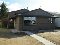 Gorgeous Renovated Home Awaits You In Airdrie!!!