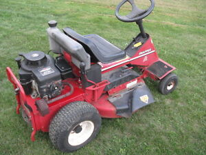 Snapper Rear Engine Rider, 8 Hp, 28 Inches Deck, Kawartha Lakes Peterborough Area image 2