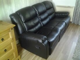 Black Leather 3 Seater Recliner Sofa with Cup Holder