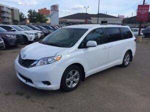 Toyota Sienna 2013 LE, 8-seater $15,000