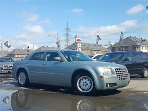 2006 Chrysler 300/AUTO/AC/DEMARREUR/CRUISE/GARANTIE 1AN INCLUSE*