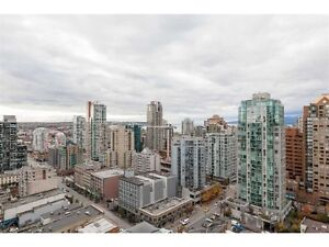 Gorgeous 1 br and Den Apartment. 25th Floor–Ocean & City Views Downtown-West End Greater Vancouver Area image 9