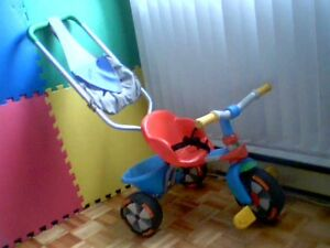 Tricycle poussette