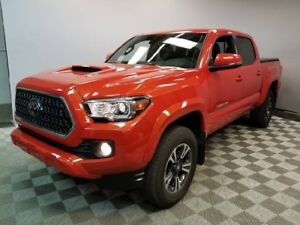 2018 Toyota Tacoma TRD SPORT | Manual | Leather | LOW KMS!
