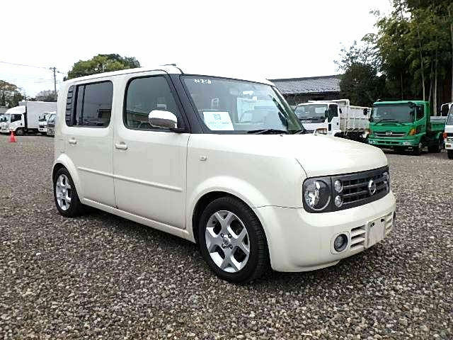 Fresh Import 2006 Nissan Cube Cubic Premium 1 5 Automatic 7 Seater Pearl White