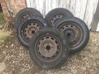 Set of 5 winter tyres on steel rims. Ford Focus/Mazda etc