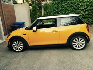 2015 MINI Mini Cooper Orange et blanc, transfert de bail