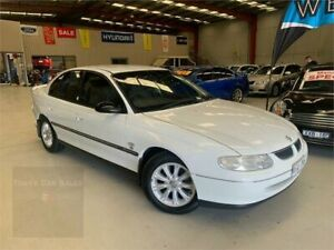2000 Holden Commodore VT II Olympic White 4 Speed Automatic Sedan Laverton North Wyndham Area Preview