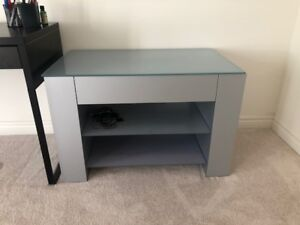 TV Stand Barely Used Stand LCD TV Gaming Stand Table