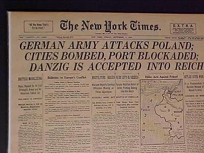 VINTAGE NEWSPAPER HEADLINE~WORLD WAR HITLER NAZI ARMY POLAND INVASION START WWII