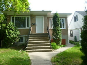 University / Whyte Ave 2Bedroom Plus Den-Includes Utilities